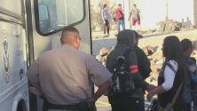 ICE libera a cientos de indocumentados que solicitaron asilo por falta de espacio