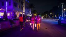 """""""Hace falta salir y divertirse"""": tras casi un año, este fin de semana Miami-Dade no tendrá toque de queda"""