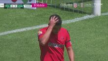 ¡Se pierde el gol! Kevin Castañeda perdona a Tigres y falla en el área