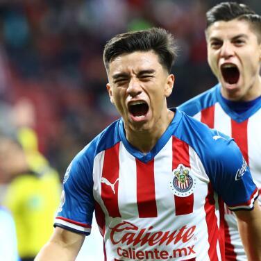 Magia del 'Nene' Beltran en triunfo 2-1 de Tapatío sobre Correcaminos