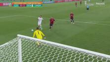 ¡No pudo definir! Damsgaard se pierde el gol de Dinamarca