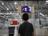 EEUU amplía la elegibilidad de guardianes legales de los menores que llegan solos y son detenidos en la frontera