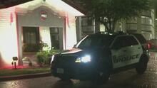 Investigan la muerte de un hombre que fue golpeado en un hotel al sur de Houston