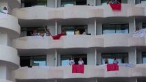 Cientos de jóvenes contagiados de covid-19 y un ingresado grave tras una macrofiesta de estudiantes en España