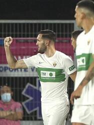 Getafe cae ante el Elche 1-0 durante la cuarta Jornada y ocupa el penúltimo lugar de la tabla en La Liga. El anotador de la noche fue Lucas Pérez al minuto 69' del encuentro. El mexicano José Juan Macías fue convocado y estuvo en la banca los 90 minutos.