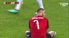 Tiro desviado de Marko Arnautovic