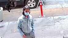 Buscan a hombre que apuñaló a un hombre dentro de una tienda del centro de Los Ángeles