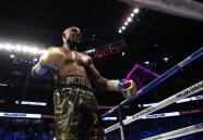 Mayweather dio cátedra y noqueó en el round 10 a un valiente McGregor
