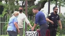Personas desalojadas de sus apartamentos en Miami por daños estructurales dicen que en pocos días ya no tendrán dónde vivir