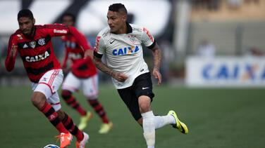 Flamengo anuncia el fichaje del peruano Paolo Guerrero