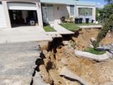 Denuncian inacción del gobierno tras derrumbe de carretera en Adjuntas