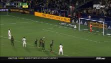 Sacha Kljestan convierte un tiro penal y sella la victoria del LA Galaxy en casa