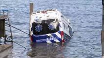 Una ambulancia robada terminó bajo el agua tras una larga persecución