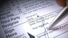 """""""Necesitamos esa ayuda"""": padres de familia reaccionan al atraso de cheques del crédito tributario por hijos"""