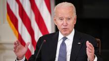 Biden se compromete ante líderes latinos a dar prioridad a la reforma migratoria