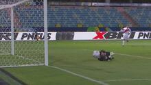Voladota de Antony Silva evita el empate de Perú