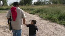 ¿Cómo están ayudando a inmigrantes que llegan al área de Dallas-Fort Worth?