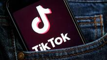 Ante el aumento de popularidad de TikTok entre los jóvenes, la policía de Dallas organiza un evento informativo