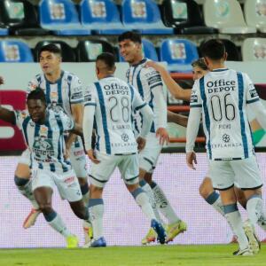 Al descanso, Pachuca derrota a Necaxa
