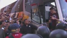 América fue recibido por cientos de aficionados en Tepic para su duelo ante Coras