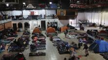 Con espacios exclusivos para padres con niños y ancianos, así es el albergue para migrantes El Barretal en Tijuana