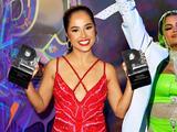 """Becky G dedicó uno de sus dos Premios Juventud a su """"hermana Natti"""" Natasha"""
