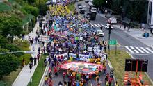 Con protestas en Washington, exigen que se cumpla el plan de Biden para beneficiar a millones de inmigrantes