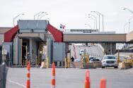 Cierre de la frontera provoca crisis económica a mexicanos que viven en Texas