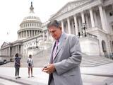 El plan de impuestos para grandes fortunas y corporaciones no logra el apoyo de un imprescindible senador demócrata