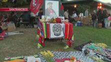 Montan decenas de altares de Dia de Muertos en el parque Garfield en San Francisco