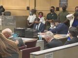 Nikolas Cruz se declara culpable de agresión a un guardia de prisiones de Broward