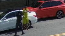 Buscan a sospechoso que robó dos cadenas valoradas en $20,000 a un hombre en El Bronx