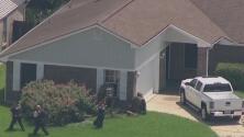 Un hombre armado se atrinchera en una casa en Texas que opera como guardería