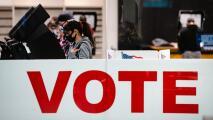 Interponen demanda en busca de detener una ley en Texas que agrega restricciones al registro de votantes