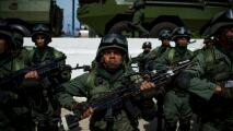 En un minuto: Militares venezolanos cruzan la frontera y se instalan en territorio colombiano