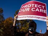 Obamacare parece estar a salvo: jueces clave de la Corte Suprema están de acuerdo con que partes de la ley sigan vigentes
