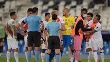 """Perú se queja con la Conmebol por """"maltrato inaceptable"""" del árbitro"""