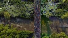 Imágenes aéreas: una nueva caravana con más de 2,000 migrantes sale del sur de México