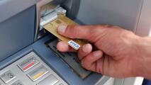 Alertan por robos de información y dinero en cajeros automáticos del sur de California