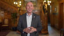 Gobernador de Utah manda mensaje en español a latinos del estado por El Día del Niño