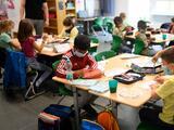 Junta escolar de Broward vota a favor del uso obligatorio de mascarillas en el inicio de clases