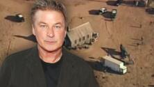 Actor de la película de Alec Baldwin revela que se disparaban armas con balas de verdad en el set
