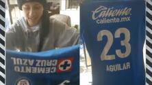 ¡Emotivo! Pablo Aguilar obsequia playera a fan con cáncer