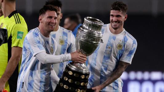 Messi rompió en llanto festejando con la afición