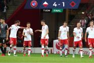 Polonia golea 4-1 a Albania de la mano de Lewandowski