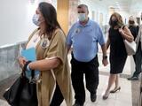 """""""Algunos días como hoy son especialmente dolorosos"""": padre de una de las víctimas de Parkland"""