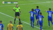 ¡Otra polémica del VAR! Le quita penalti a favor a Tigres
