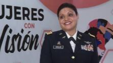 La dominicana que se convirtió en la primera mujer hispana en manejar helicóptero de combate en la Guardia Nacional de EEUU