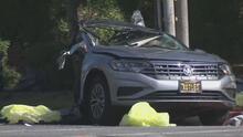 Investigan las causas de un choque múltiple en Burbank que dejó tres personas muertas