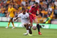 El Brentdford continúa dándole alegrías a su afición y consiguen su segunda victoria luego de vencer 0-2 al Wolverhampton.